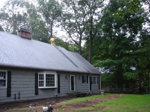 The dramatic improvement to this beautiful home is why customers in Avon CT, Bloomfield CT, Canton CT, Granby CT, Simsbury CT, and West Hartford CT select Kevin Palmer Painting for their low-pressure roof washing needs.